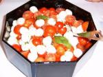 Tomatensalat mit Mozzarella-Käse